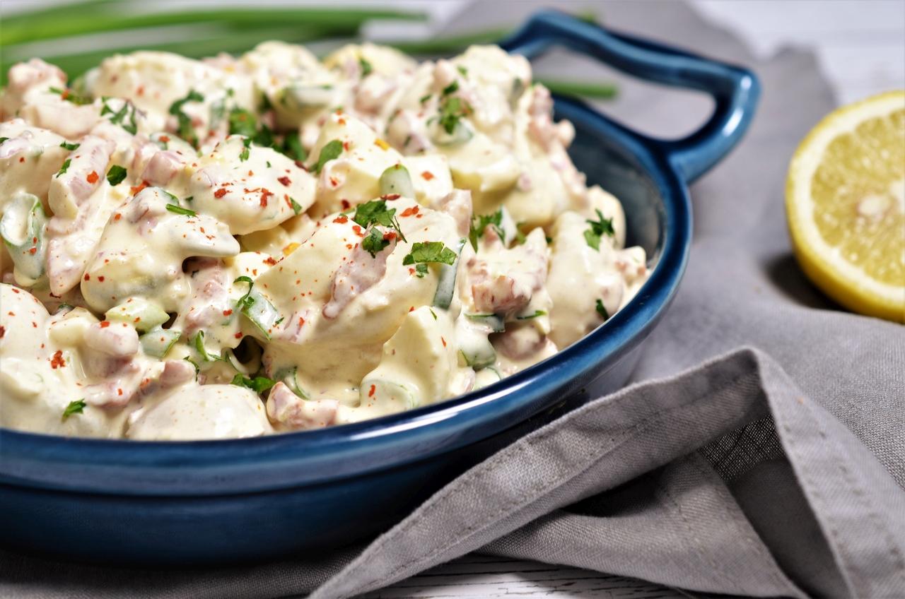 Salata de cartofi cu sos