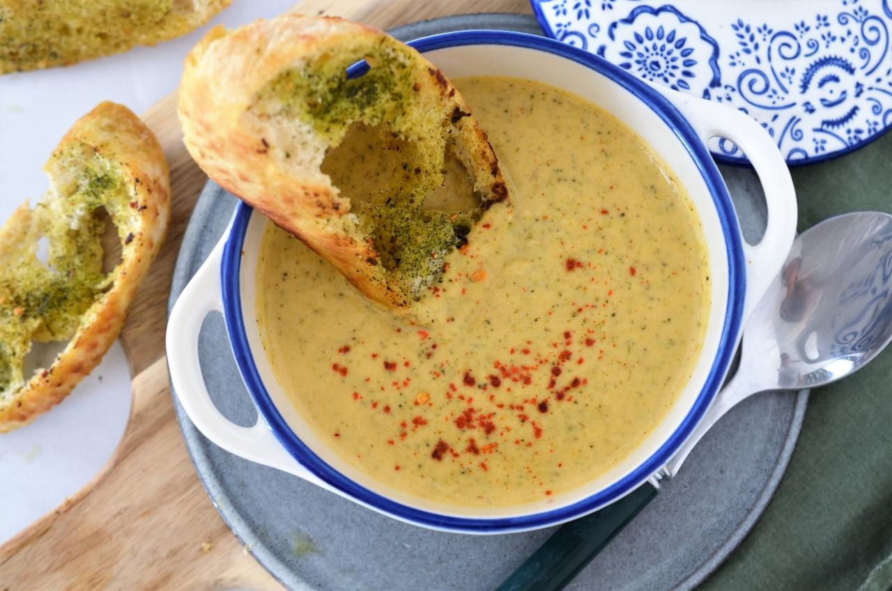 Supa crema de broccoli si cartof dulce